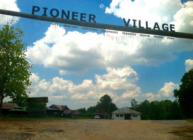 Pioneer Village, Alabama